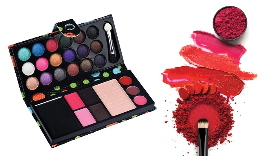 Budget-friendly Tips for Cam Makeup Kits