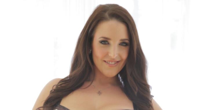 Angela White Stars in Evil Angel's 'Dirty Talk 5'