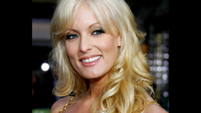 Stormy Daniels Suit Should Be Resolved Privately, Trump's Lawyers Say