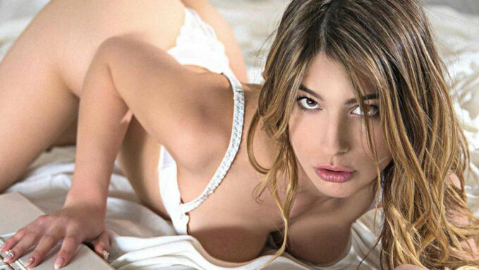 Wicked Streets Brad Armstrong's 'Camgirl'