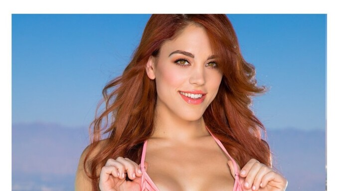 Molly Stewart Inks Exclusive Twistys GG Contract
