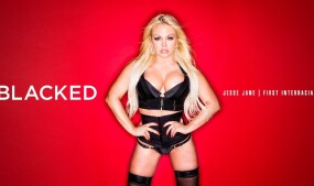 Jesse Jane Performs 1st IR for Blacked