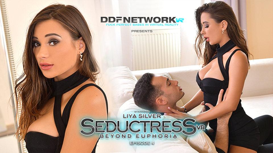 Liya Silver is a 'Seductress' for DDFNetwork VR