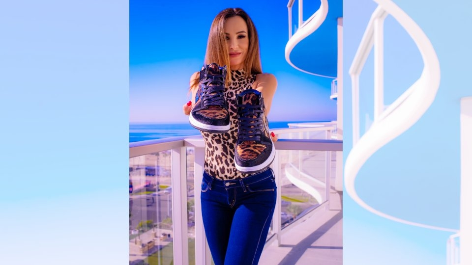 Lisa Ann Unveils 'UrbanX' Custom Sneaker Collaboration