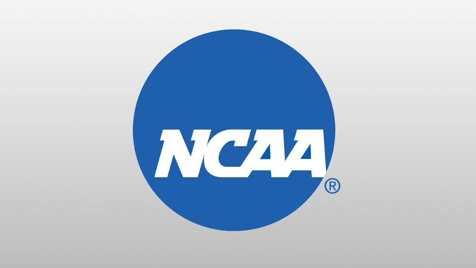 Breaking: NCAA Votes to Allow Athletes to Profit From Likenesses