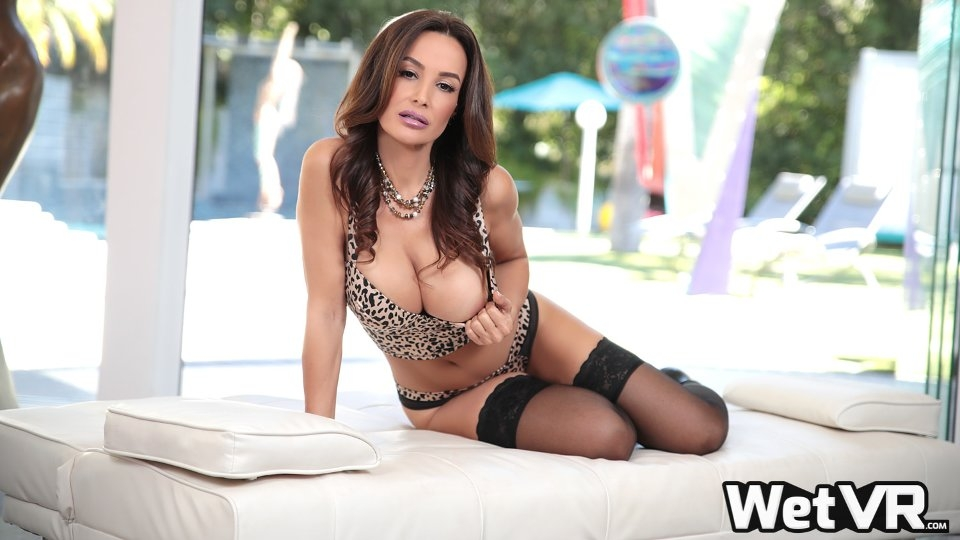 Lisa Ann to Make VR Debut in Thanksgiving Romp for WetVR