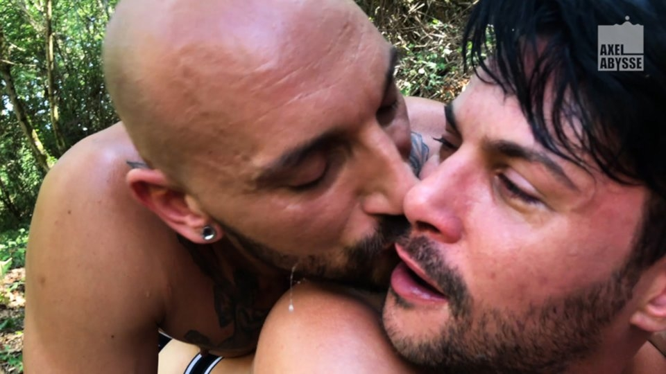 Axel Abysse Reveals 'Wild' New Fisting Scene