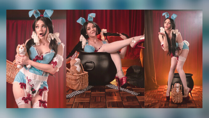 Catjira Sets 'Cat-ober' Cosplay Cam Celebration on Chaturbate
